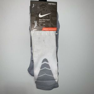 Nike Elite Vapor Cushioned 12-15 Crew Football